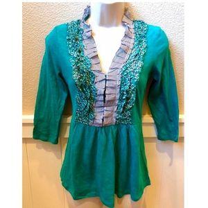 Adorable Anthropologie Deletta 3/4 sleeve blouse.